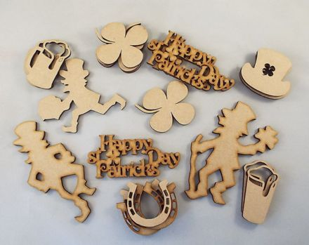 WOODEN ST PATRICK DAY SELECTION PACK CRAFT SHAPES 20 PIECES PADDYS DAY